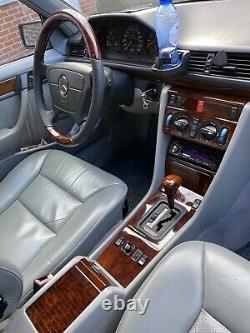 Automatic Gear Stick Shift Knob Walnut Wooden for Mercedes W124 w201 R129 W126